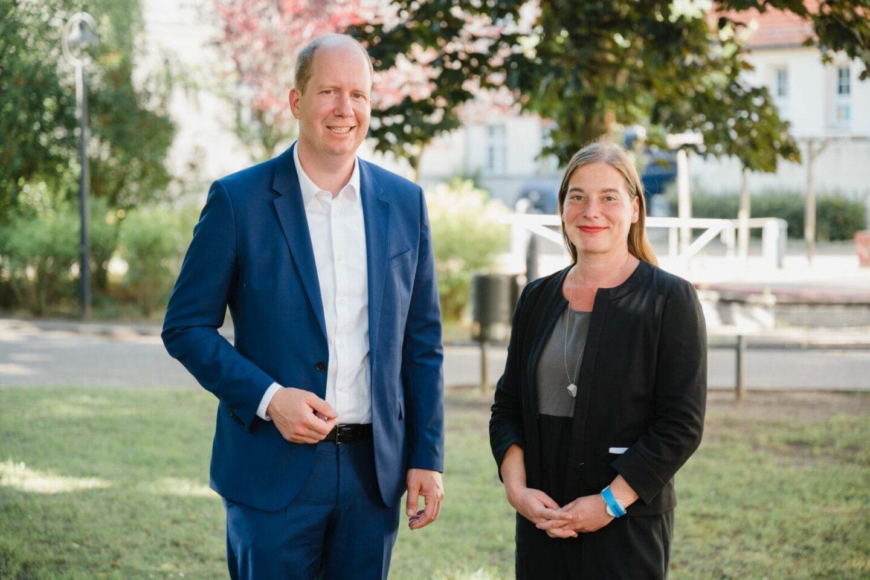 DSEE-Vorstand Jan Holze und Vorständin Katarina Peranic